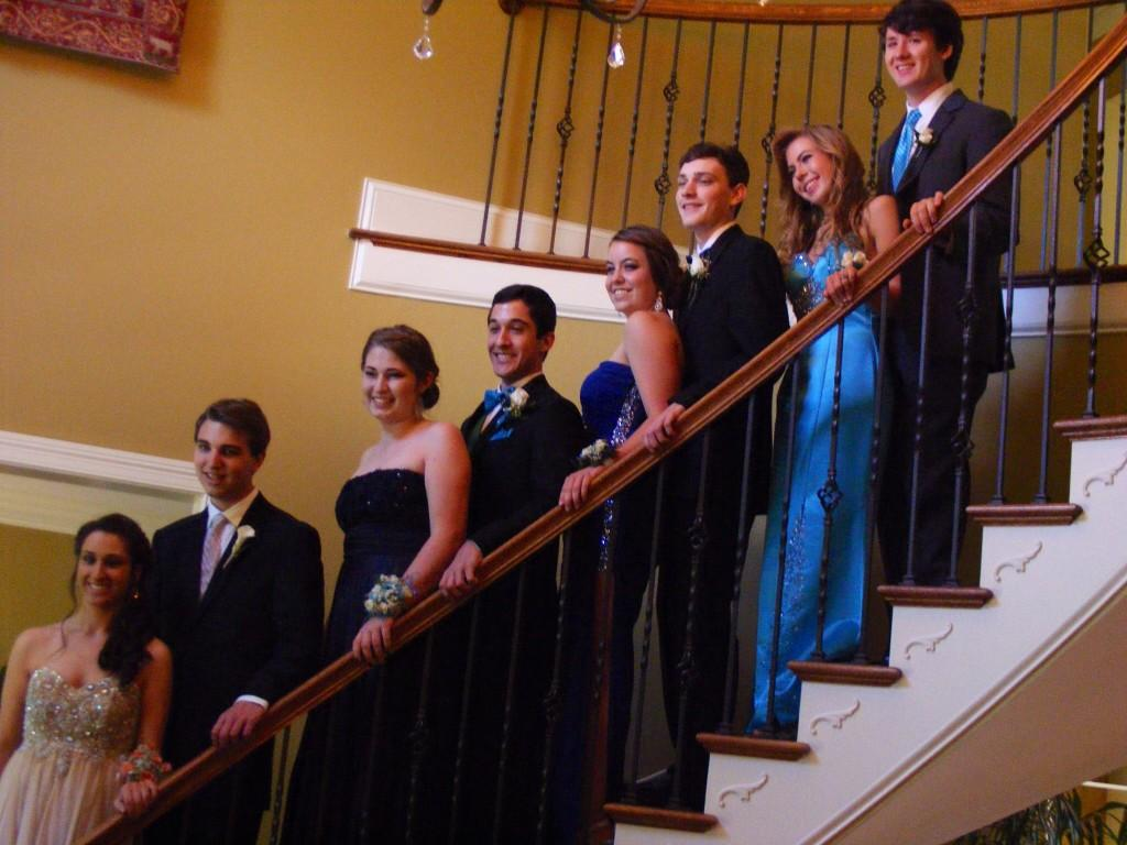 Some+Bearden+students+still+took+pre-Prom+pictures+inside+to+avoid+any+lingering+bad+weather.