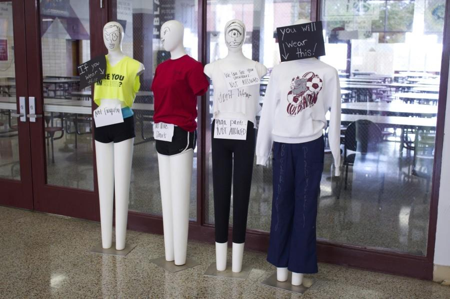 Mannequins+remain+in+the+West+Mall+to+remind+students+about+the+most+common+dress+code+violations.