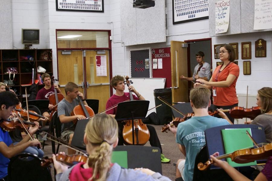 Mrs. Cynthia Wright directs her new orchestra one day during class.
