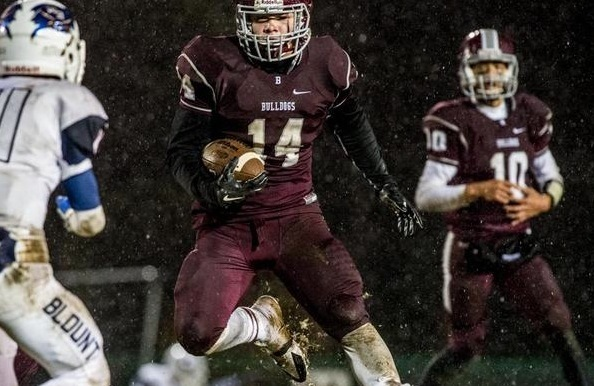 Griffin DeLong runs through the snow and the William Blount defense in his final game at Bill Young Field.  Follow Hobe Brunson on Twitter @Hobetnvarsity, and visit his website at http://hob3photography.smugmug.com/
