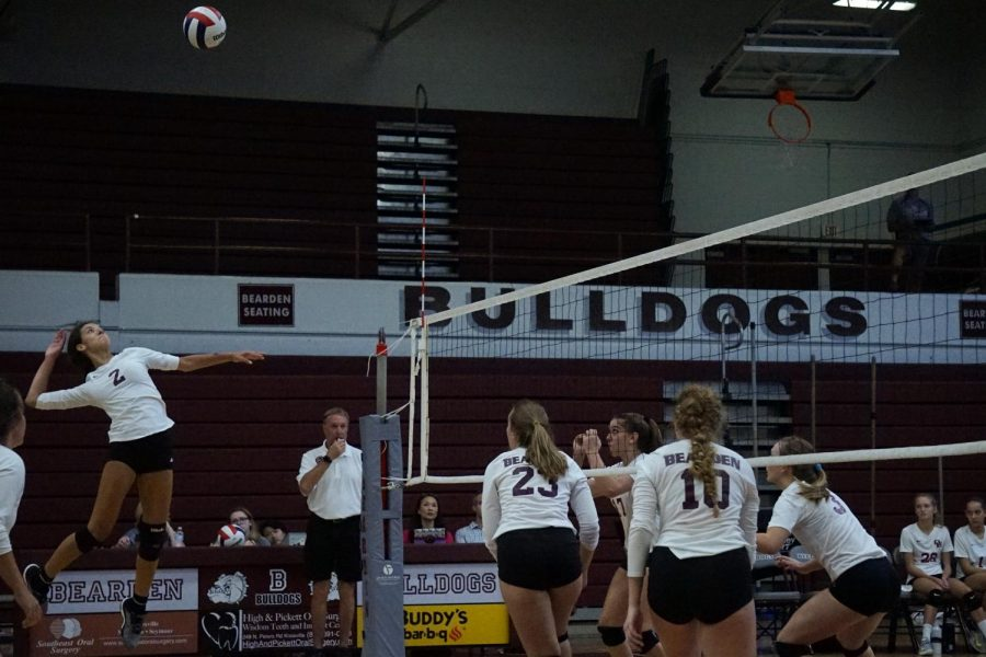 Volley+Dogs+turning+to+younger+players+for+leadership+with+no+returning+seniors+on+roster