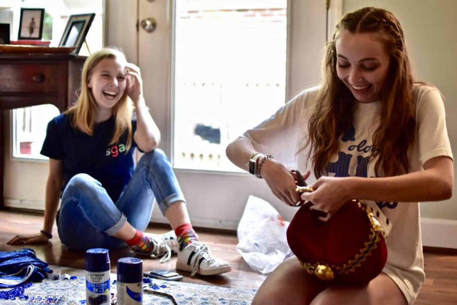 Farragut SGA President Audrey Richards (left) and BHS SGA President Abby Ann Ramsey (right) work together to design the crown that will bring a new tradition to West Knoxville's classic rivalry.