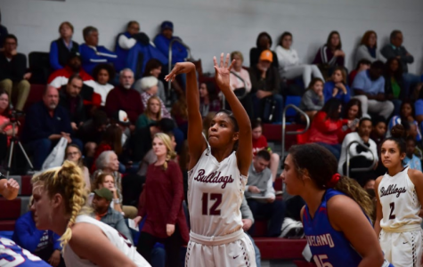 Returning vets, talented newcomers combine to lift Lady Bulldogs to unbeaten start