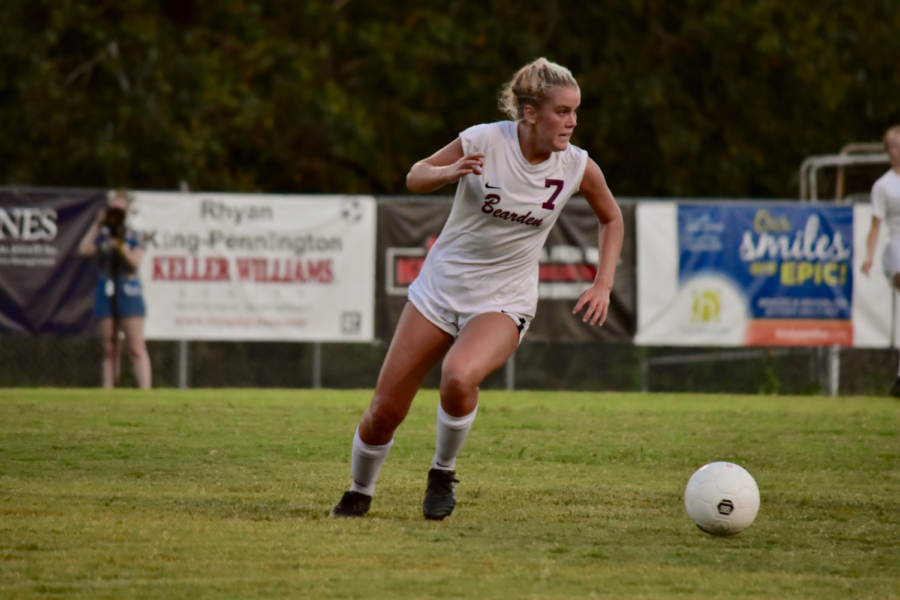 Brinley+Murphy+has+scored+22+goals+this+season+to+lead+the+Lady+Bulldogs%2C+but+Bearden+is+generating+plenty+of+offense+from+all+over+the+field.