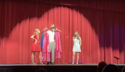 Freshmen Kendyl May, King Stephney, and Isabella Meisner (left to right) perform at Tuesday nights annual skits.